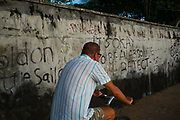 Dutch elderly cyclist in Sanur - Bali revisited February 2017