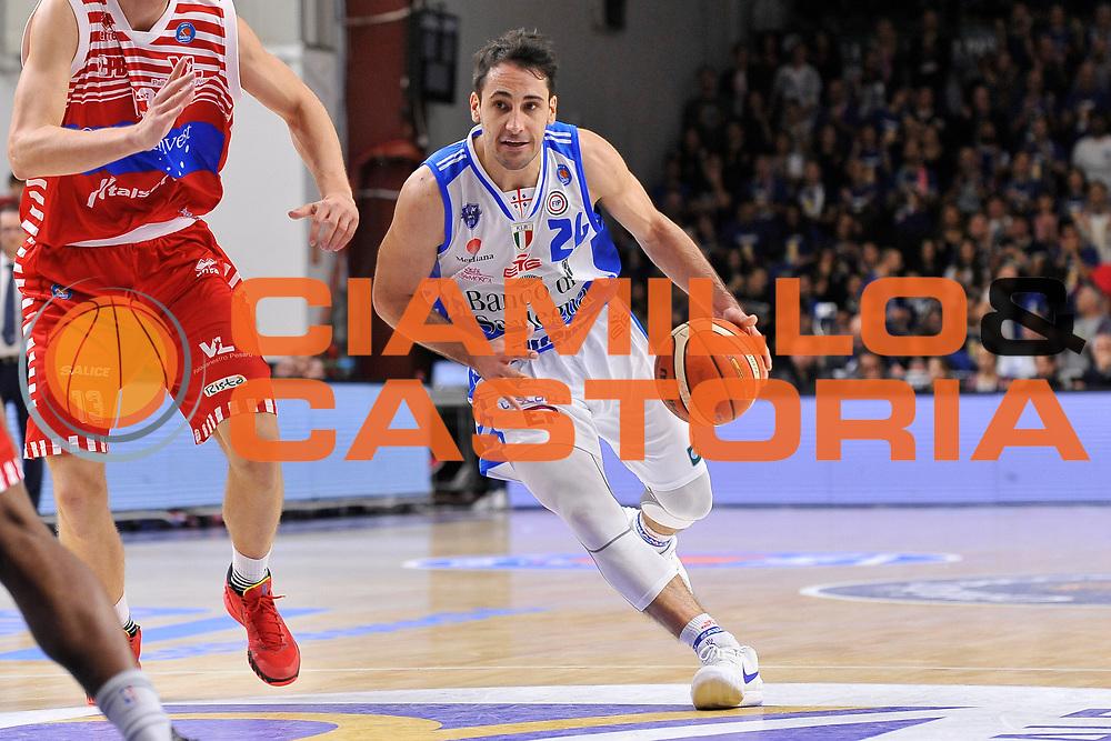 DESCRIZIONE : Campionato 2015/16 Serie A Beko Dinamo Banco di Sardegna Sassari - Consultinvest VL Pesaro<br /> GIOCATORE : Rok Stipcevic<br /> CATEGORIA : Palleggio Penetrazione<br /> SQUADRA : Dinamo Banco di Sardegna Sassari<br /> EVENTO : LegaBasket Serie A Beko 2015/2016<br /> GARA : Dinamo Banco di Sardegna Sassari - Consultinvest VL Pesaro<br /> DATA : 23/11/2015<br /> SPORT : Pallacanestro <br /> AUTORE : Agenzia Ciamillo-Castoria/C.Atzori
