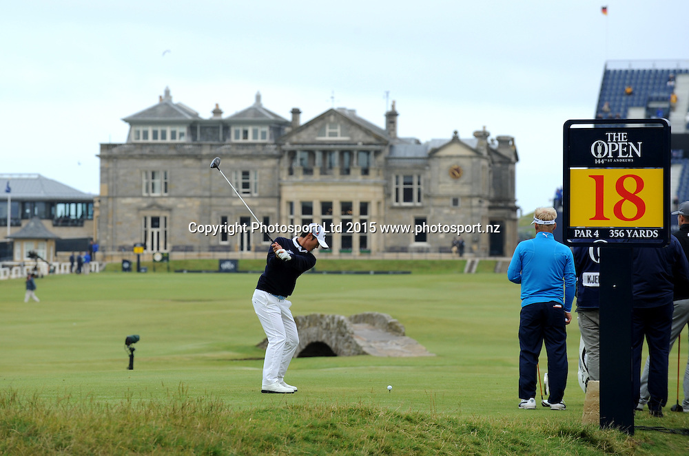 New Zealand's Danny Lee during the first round of the 144th Open Championship at The Old Course on July 16, 2015 in St Andrews, Fife.<br /><br />16 July 2015. Picture by Jane Barlow.<br /><br />&copy; Jane Barlow 2015 {all rights reserved}<br />janebarlowphotography@gmail.com<br />m: 07870 152324