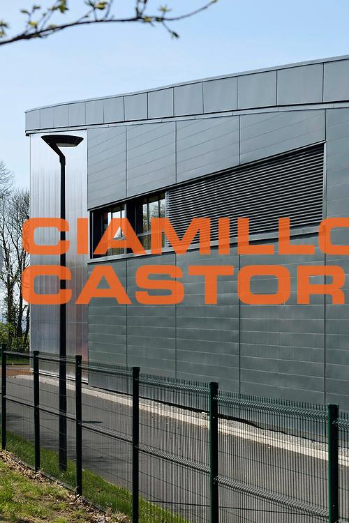 DESCRIZIONE : Cuisine centrale du Symoresco<br /> GIOCATORE : ARCHIPOLE<br /> SQUADRA : Architecte Pierre Yves Le Bot<br /> EVENTO : Architecture<br /> GARA : <br /> DATA : 02/05/2013<br /> CATEGORIA : Exterieur Plan Moyen<br /> SPORT : <br /> AUTORE : JF Molliere<br /> Galleria : France Architecture 2013 <br /> Fotonotizia : Cuisine centrale du Symoresco<br /> Archipole <br /> Predefinita :