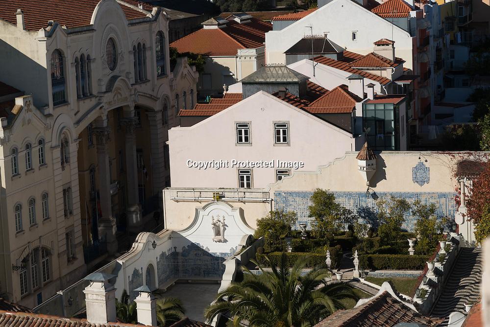 Portugal. Lisbon. elevated view on Alfama district San Vicente da Fora church area/ San vicente da fora quartier.  le quartier de l'alfama . Lisbonne