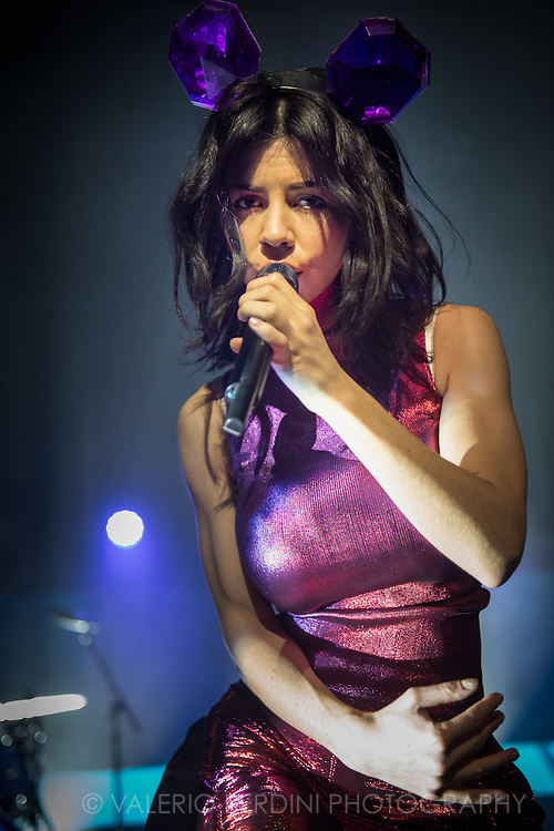 Marina and the Diamonds live at the Cambridge Corn Exchange on 20 Nov 2015, first date of her new tour.