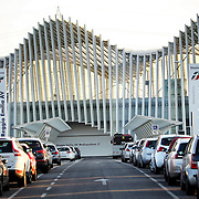 La nuova stazione ferroviaria Mediopadana, che rappresenta l'unica fermata della linea dell'Alta Velocità nel tratto Milano - Bologna, sorge a circa 4 Km a nord del centro di Reggio Emilia. Progettata dall'architetto Santiago Calatrava