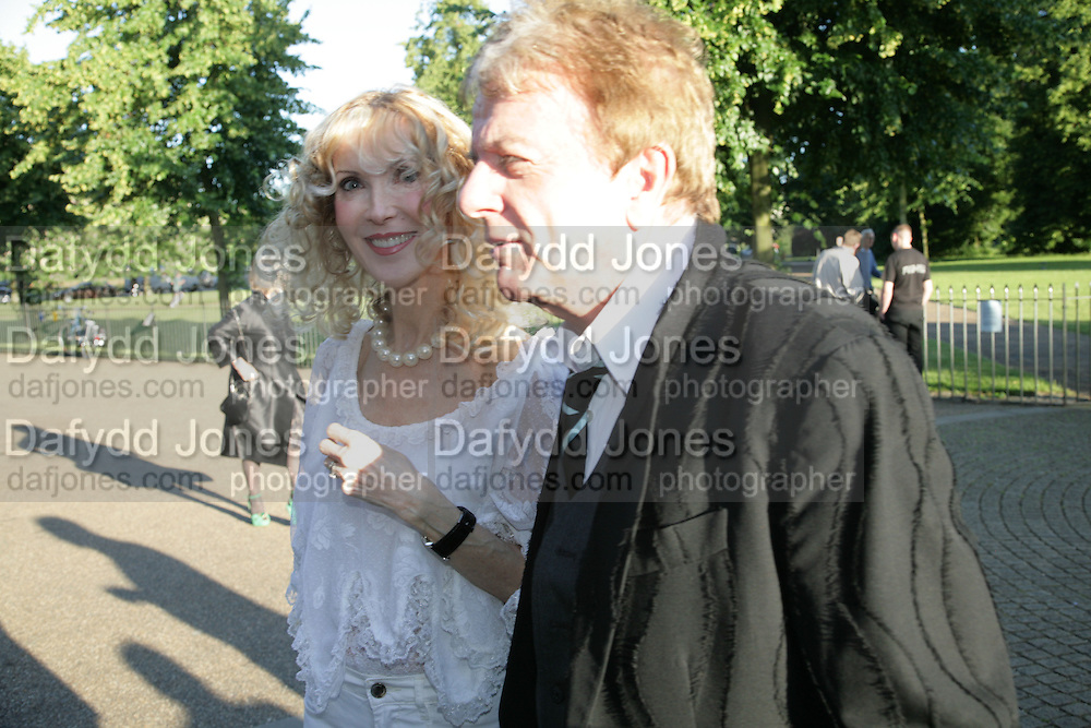 Basia Briggs and Nicky Haslam, Launch of Tina Brown's book 'The Diana Chronicles' hosted by Reuters. Serpentine Gallery. 18 June 2007.  -DO NOT ARCHIVE-© Copyright Photograph by Dafydd Jones. 248 Clapham Rd. London SW9 0PZ. Tel 0207 820 0771. www.dafjones.com.