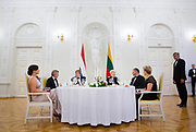 Koning Willem Alexander brengt een staatsbezoek aan de Republiek Litouwen. ///  King Willem Alexander makes a state visit to the Republic of Lithuania.<br /> <br /> Op de foto / On the photo: Koning Willem Alexander en Dalia Grybauskaitė, president van de Republiek Litouwen tijdens het Staatsdiner op het  Presidentieel Paleis, Vilnius /// King Willem Alexander and Dalia Grybauskaitė, President of the Republic of Lithuania during the Statediner at the Presidential Palace, Vilnius