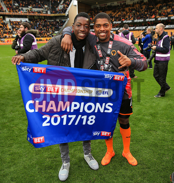 Free to use courtesy of Sky Bet - Ivan Cavaleiro of Wolverhampton Wanderers celebrates after lifting the Sky Bet Championship 2017/18 league trophy - Mandatory by-line: Matt McNulty/JMP - 28/04/2018 - FOOTBALL - Molineux - Wolverhampton, England - Wolverhampton Wanderers v Sheffield Wednesday - Sky Bet Championship