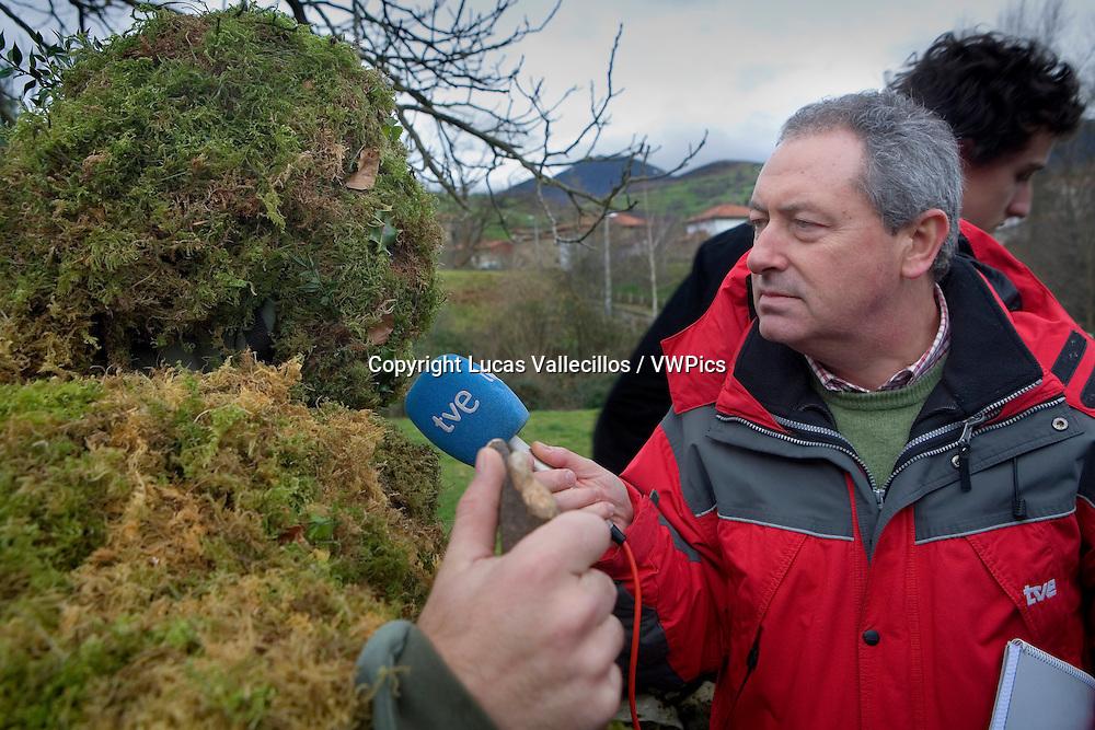 `La Vijanera´carnival,interview, `Trapajon´Silio, Molledo. Cantabria, Spain.