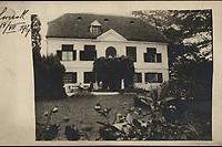 [Zagreb] : [Cmrok]. <br /> <br /> ImpresumS. l. : S. n., [1927].<br /> Materijalni opis1 razglednica : tisak ; 8,9 x 14 cm.<br /> Vrstavizualna građa • razglednice<br /> ZbirkaZbirka razglednica • Grafička zbirka NSK<br /> Formatimage/jpeg<br /> PredmetZagreb –– Cmrok<br /> SignaturaRZG-CMROK-1<br /> Obuhvat(vremenski)20. stoljeće<br /> NapomenaRazglednica je putovala 1927. godine.<br /> PravaJavno dobro<br /> Identifikatori000953350<br /> NBN.HRNBN: urn:nbn:hr:238:709533 <br /> <br /> Izvor: Digitalne zbirke Nacionalne i sveučilišne knjižnice u Zagrebu