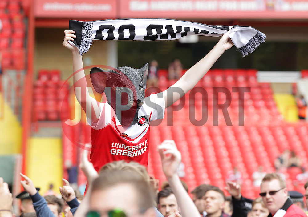Charlton fans protest after the match - Mandatory by-line: Paul Terry/JMP - 07/05/2016 - FOOTBALL - The Valley - London, England - Charlton Athletic v Burnley - Sky Bet Championship