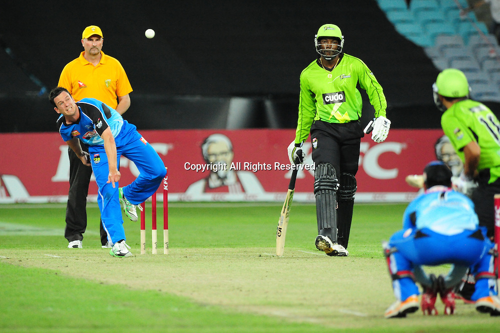 23.12.2011 Sydney, Australia.Adelaide Strikers Bryce McGain bowls during the KFC T20 Big Bash Cricket League game between Sydney Thunder and Adelaide Strikers at ANZ Stadium Sydney.