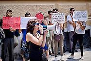 Roma 30 Giugno 2015<br /> I Movimenti per il diritto all'abitare hanno manifestato davanti al  Tribunale Civile per chiedere il blocco degli sfratti. Ogni giorno a Roma, ci sono circa 50 sfratti, quasi tutti per morosità  e il 28 Giugno è scaduta la mini proroga degli sfratti per finita, locazione, con il rischio che centinaia di persone finiranno in strada  senza più una casa dove alloggiare.<br /> Rome June 30, 2015<br /> The movements for the right to housing protested outside the Civil Court for ask the block evictions. Every day in Rome, there are about 50 evictions, mostly for non-payment of the rent and 28 June expired the mini extension of evictions for finished lease,with the risk that hundreds of people will end up in the street without a home to stay.
