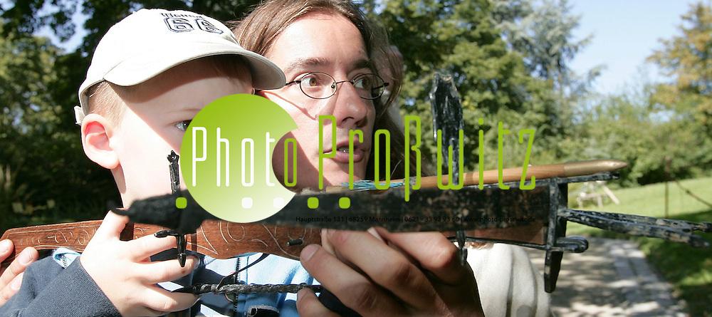Mannheim. Herzogenriedpark. Handwerker und Bauernmarkt. Der Herbst steht vor der T&uuml;r. K&uuml;rbisk&ouml;pfe und heimische Apfelsorten werden pr&auml;sentieret. <br /> <br /> Bild: Markus Pro&szlig;witz<br /> ++++ Archivbilder und weitere Motive finden Sie auch in unserem OnlineArchiv. www.masterpress.org ++++
