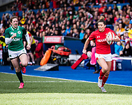 Jess Kavanagh of Wales breaks to score<br /> <br /> Photographer Simon King/Replay Images<br /> <br /> Six Nations Round 5 - Wales Women v Ireland Women- Sunday 17th March 2019 - Cardiff Arms Park - Cardiff<br /> <br /> World Copyright © Replay Images . All rights reserved. info@replayimages.co.uk - http://replayimages.co.uk