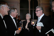 President of the Royal Academy Sir Nicholas Grimshaw, The Duke of Gloucester Mary Anne Stevens and John Hoyland. . The Royal Academy Schools dinner and auction. Royal Academy. London. 27 March 2007.  -DO NOT ARCHIVE-© Copyright Photograph by Dafydd Jones. 248 Clapham Rd. London SW9 0PZ. Tel 0207 820 0771. www.dafjones.com.