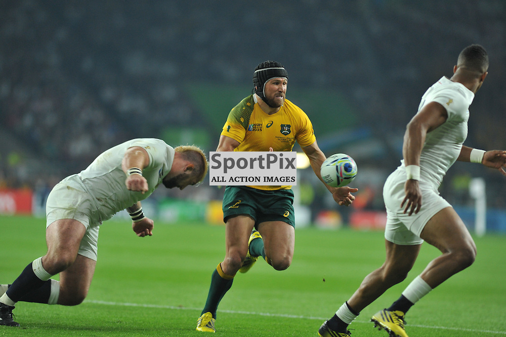 Matt Giteau of Australia during the IRB RWC 2015 Pool A match between England and Australia at Twickenham Stadium on Saturday 3 October 2015, London, England. (c) Ian Nancollas | SportPix.org.uk