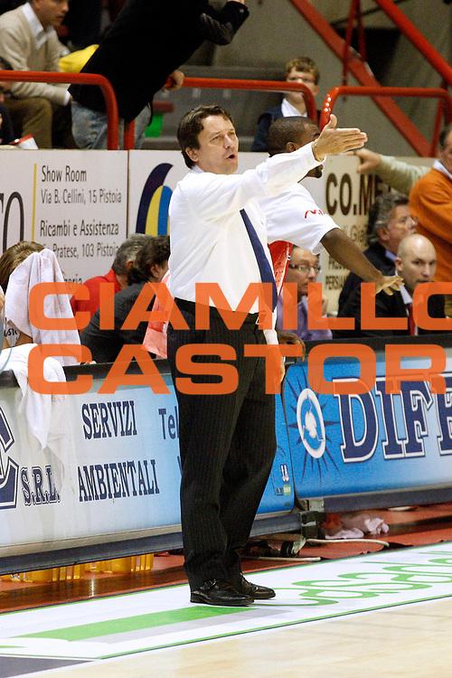 DESCRIZIONE : Pistoia Lega A2 2008-09 Carmatic Pistoia Enel Brindisi<br /> GIOCATORE : Coach Lasi Maurizio<br /> SQUADRA : Carmatic Pistoia<br /> EVENTO : Campionato Lega A2 2008-2009<br /> GARA : Carmatic Pistoia Enel Brindisi<br /> DATA : 02/11/2008<br /> CATEGORIA : <br /> SPORT : Pallacanestro<br /> AUTORE : Agenzia Ciamillo-Castoria/Stefano D'Errico