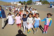 GOBI DESERT, MONGOLIA..09/03/2001.Bayanhongor (Bayankhongor). Kindergarden kids..(Photo by Heimo Aga).