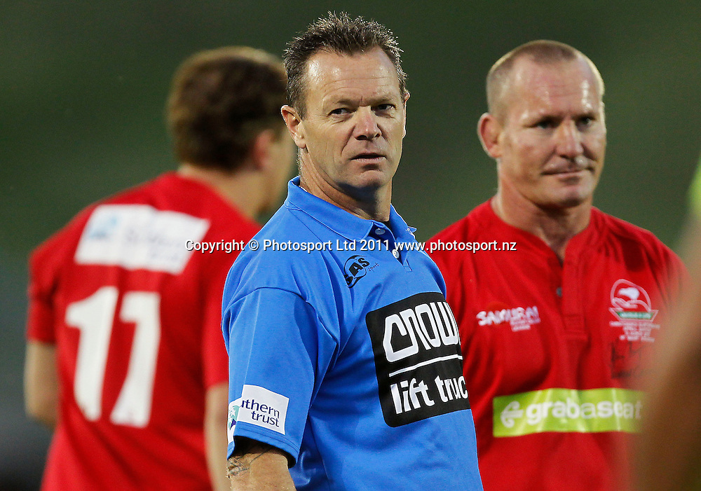 Referee Leon Williamson. Australia and New Zealand Legends of League Christchurch Earthquake Appeal Match, Mt Smart Stadium, Auckland, New Zealand, Thursday 10 March 2011. Photo: Simon Watts / photosport.co.nz