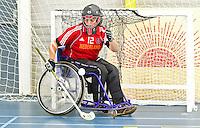 BREDA - Paragames 2011 Breda, keeper Berry van Soest zaterdag tijdens  de interland Nederland-Duitsland  bij het 4-landentoernooi Wheelchair Floorball Hockey, het  Nederlands handvoortbewogen rolstoelhockeyteam.  ANP COPYRIGHT KOEN SUYK