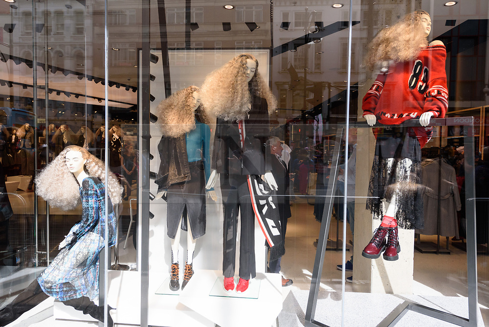 © Licensed to London News Pictures. 06/09/2017. London, UK. Shop window display of the Reserved flagship clothing chain store in Oxford Street. Reserved is a Polish clothing store chain, which has more than 1,600 stores located in 18 countries. Photo credit: Ray Tang/LNP