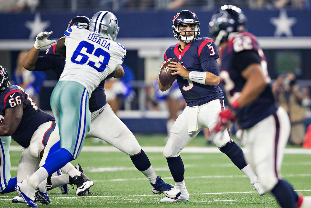 ARLINGTON, TX - SEPTEMBER 3:  Tom Savage #3 of the Houston Texans drops back to pass during a preseason game against the Dallas Cowboys at AT&T Stadium on September 3, 2015 in Arlington, Texas.  (Photo by Wesley Hitt/Getty Images) *** Local Caption *** Tom Savage