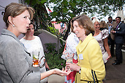 BABA HOBART; ELIZABETH TAGGE, Archant Summer party. Kensington Roof Gardens. London. 7 July 2010. -DO NOT ARCHIVE-© Copyright Photograph by Dafydd Jones. 248 Clapham Rd. London SW9 0PZ. Tel 0207 820 0771. www.dafjones.com.
