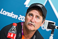 LONDEN - De bondscoach van de vrouwen van Nieuw-Zeeland, Mark Hager, tijdens de persconferentie  op de Olympische Spelen. ANP KOEN SUYK
