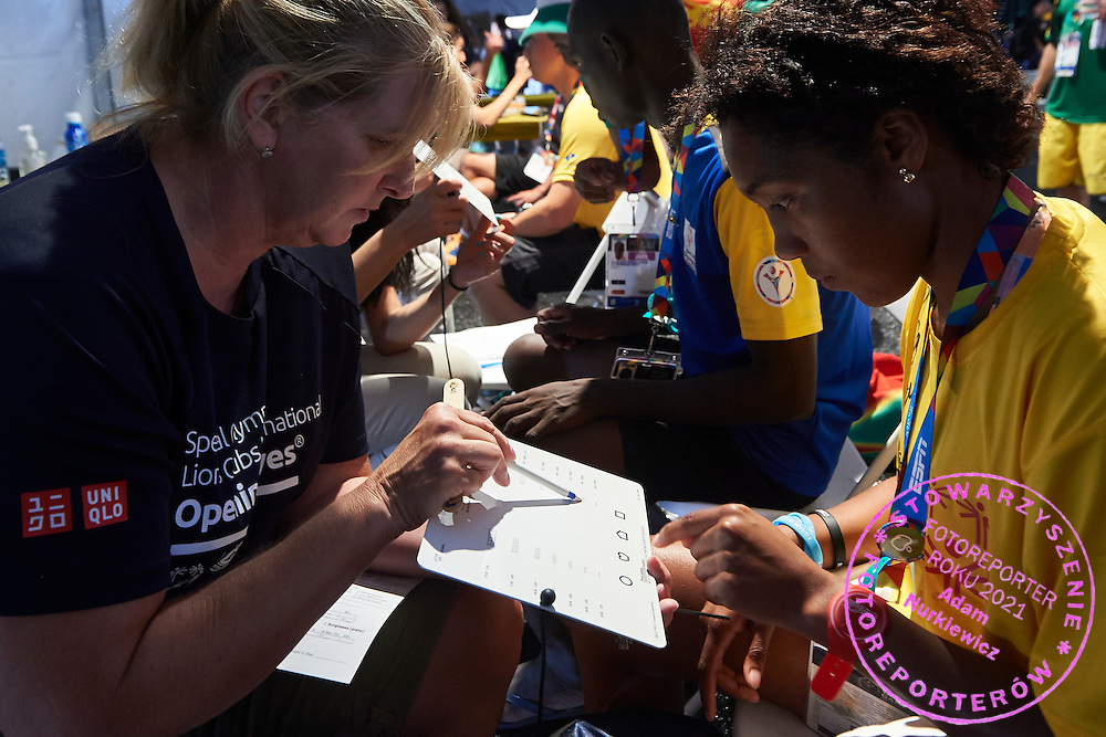 Healthy Athletes Program during third day of the Special Olympics World Games Los Angeles 2015 on July 27, 2015 at University of Southern California in Los Angeles, USA.<br /> USA, Los Angeles, July 27, 2015<br /> <br /> Picture also available in RAW (NEF) or TIFF format on special request.<br /> <br /> For editorial use only. Any commercial or promotional use requires permission.<br /> <br /> Adam Nurkiewicz declares that he has no rights to the image of people at the photographs of his authorship.<br /> <br /> Mandatory credit:<br /> Photo by &copy; Adam Nurkiewicz / Mediasport
