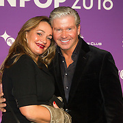 NLD/Amsterdam/20160321 - Edison Pop Awards 2016, Dries Roelvink en partner Honoria