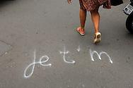 """Je t'aime"" in Paris"