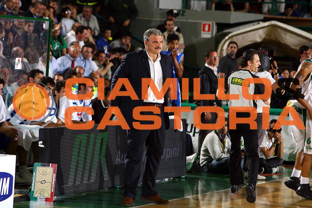 DESCRIZIONE : Avellino Lega A1 2007-08 Playoff Quarti Di Finale Gara 3 Air Avellino Pierrel Capo Orlando <br />GIOCATORE : Meo Sacchetti<br />SQUADRA : Pierrel Capo Orlando<br />EVENTO : Campionato Lega A1 2007-2008 <br />GARA : Air Avellino Pierrel Capo Orlando <br />DATA : 15/05/2008 <br />CATEGORIA : Ritratto<br />SPORT : Pallacanestro <br />AUTORE : Agenzia Ciamillo-Castoria/G.Ciamillo