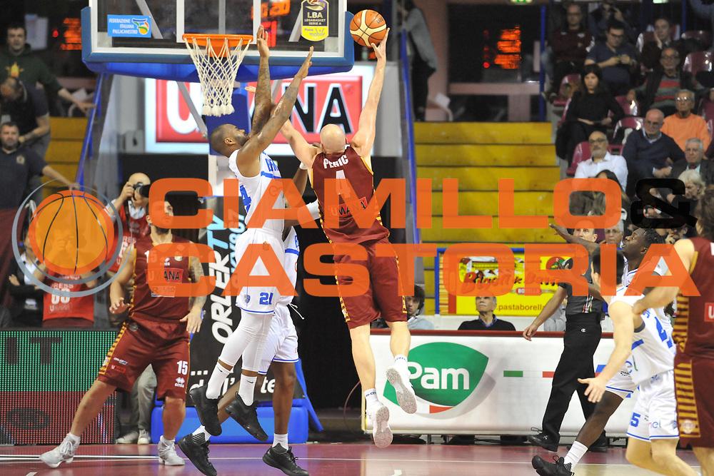 Hrvoje Peric<br /> Umana Reyer Venezia - Enel Brindisi <br /> Lega Basket Serie A 2016/2017<br /> Venezia 07/05/2017<br /> Foto Ciamillo