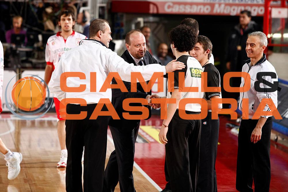 DESCRIZIONE : Varese Lega A 2009-10 Cimberio Varese Bancatercas Teramo<br /> GIOCATORE : Andrea Capobianco Arbitro Junior<br /> SQUADRA : Bancatercas Teramo<br /> EVENTO : Campionato Lega A 2009-2010 <br /> GARA : Cimberio Varese Bancatercas Teramo<br /> DATA : 06/02/2010<br /> CATEGORIA : Ritratto<br /> SPORT : Pallacanestro <br /> AUTORE : Agenzia Ciamillo-Castoria/G.Cottini<br /> Galleria : Lega Basket A 2009-2010 <br /> Fotonotizia : Varese Campionato Italiano Lega A 2009-2010 Cimberio Varese Bancatercas Teramo<br /> Predefinita :