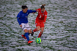 CESENA, ITALY - Tuesday, January 22, 2019: Italy's Alia Guagni (L) and Wales' Gemma Evans during the International Friendly between Italy and Wales at the Stadio Dino Manuzzi. (Pic by David Rawcliffe/Propaganda)
