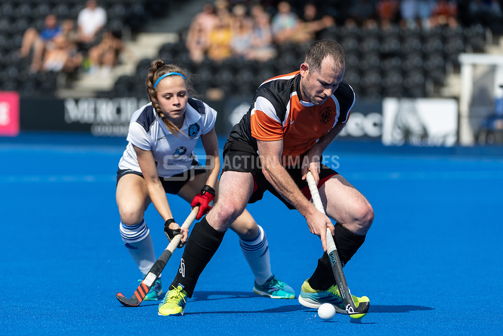 Khalsa v Repton - Mixed Championships Tier 1 Final, Lee Valley Hockey & Tennis Centre, London, UK on 03 June 2018. Photo: Simon Parker