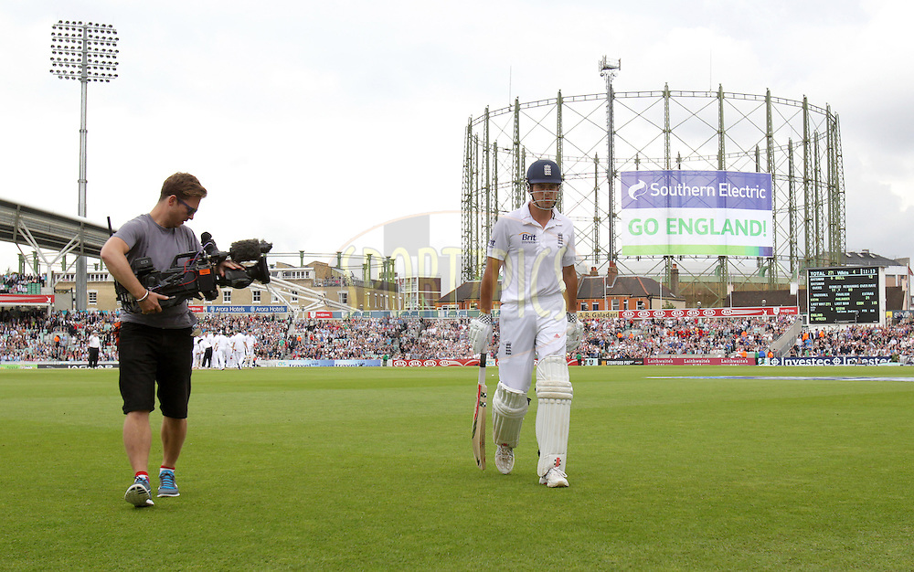 © Andrew Fosker / Seconds Left Images 2012 - England's Alastair Cook leaves the field after his magnificent 115 after being bowled by Dale Steyn  England v South Africa - 1st Investec Test Match -  Day 2 - The Oval  - London - 20/07/2012