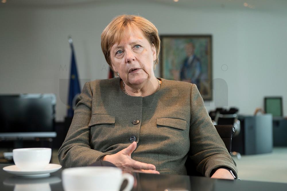 13 SEP 2017, BERLIN/GERMANY:<br /> Angela Merkel, CDU, Bundeskanzlerin, waehrend einem Interview, in Ihrem Buero, Bundeskanzlerin<br /> IMAGE: 20170917-01-006<br /> KEYWORDS: Büro