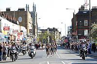 Spectators<br /> The Virgin Money London Marathon 2014<br /> 13 April 2014<br /> Photo: Jed Leicester/Virgin Money London Marathon<br /> media@london-marathon.co.uk