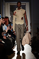October 3, 2016 - Paris, FRANCE - Peet Dullaert. MODEL ON CATWALK, WOMAN WOMEN, PARIS FASHION WEEK 2017 READY TO WEAR FOR SPRING SUMMER, DEFILE, FASHION SHOW RUNWAY COLLECTION, PRET A PORTER, MODELWEAR, MODESCHAU LAUFSTEG FRUEHJAHR SOMMER .PARSS17. (Credit Image: © PPS via ZUMA Wire)