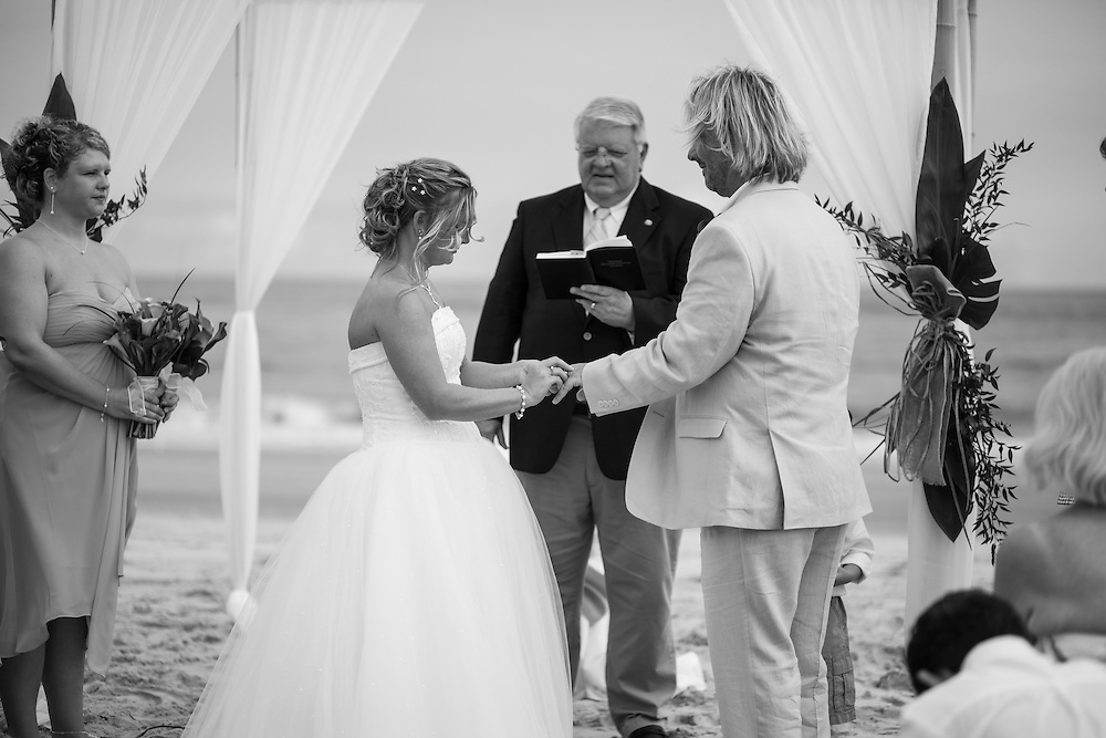 Bart and Courtney Wedding | Emerald Isle NC Photographers
