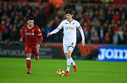 SWANSEA, WALES - Monday, January 22, 2018: Swansea City's Ki Sung-yueng during the FA Premier League match between Swansea City FC and Liverpool FC at the Liberty Stadium. (Pic by David Rawcliffe/Propaganda)