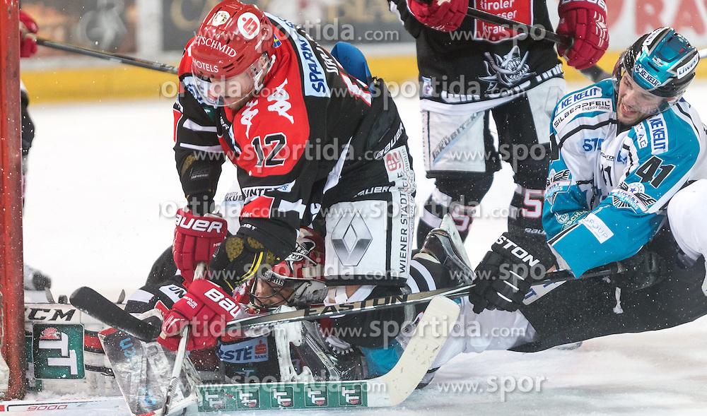 17.11.2015, Tiroler Wasserkraft Arena, Innsbruck, Österreich, EBEL, HC TWK Innsbruck die Haie vs EHC Liwest Black Wings Linz, 21. Runde, im Bild vl.:  Andy Chiodo (HC TWK Innsbruck Die Haie), Andreas Valdix (HC TWK Innsbruck Die Haie), Mario Altmann (EHC Liwest Black Wings Linz) // during the Erste Bank Icehockey League 21st round match between HC TWK Innsbruck  die Haie and EHC Liwest Black Wings Linz at the Tiroler Wasserkraft Arena in Innsbruck, Austria on 2015/11/17. EXPA Pictures © 2015, PhotoCredit: EXPA/ Jakob Gruber