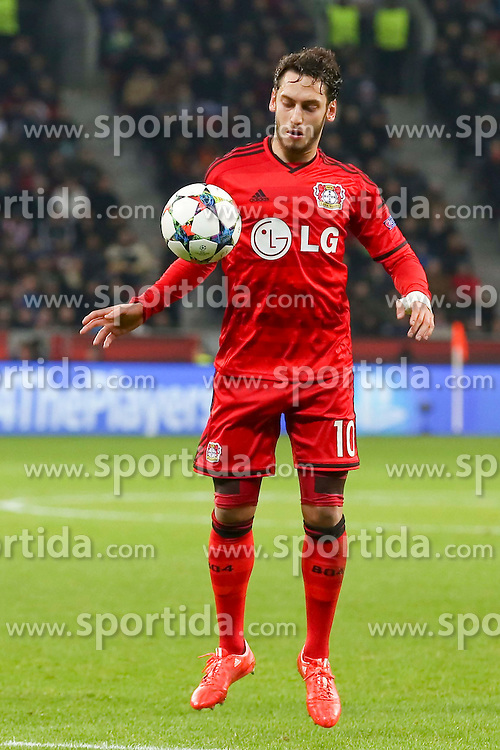25.02.2015, BayArena, Leverkusen, GER, UEFA EL, Bayer 04 Leverkusen vs Atletico Madrid, 1. Runde, R&uuml;ckspiel, im Bild Hakan Calhanoglu (Bayer 04 Leverkusen #10) // during the UEFA Europa League 1st Round, 2nd Leg match between Bayer 04 Leverkusen and Atletico Madrid at the BayArena in Leverkusen, Germany on 2015/02/25. EXPA Pictures &copy; 2015, PhotoCredit: EXPA/ Eibner-Pressefoto/ Schueler<br /> <br /> *****ATTENTION - OUT of GER*****