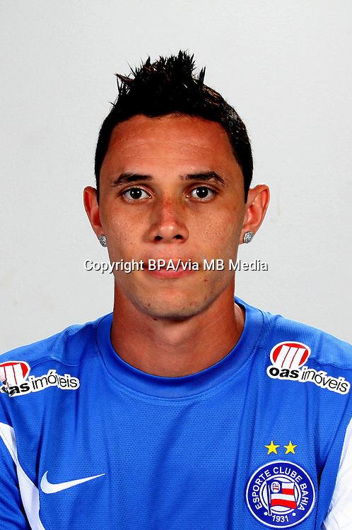 Omar Constante Reis Santos  ( Esporte Clube Bahia )