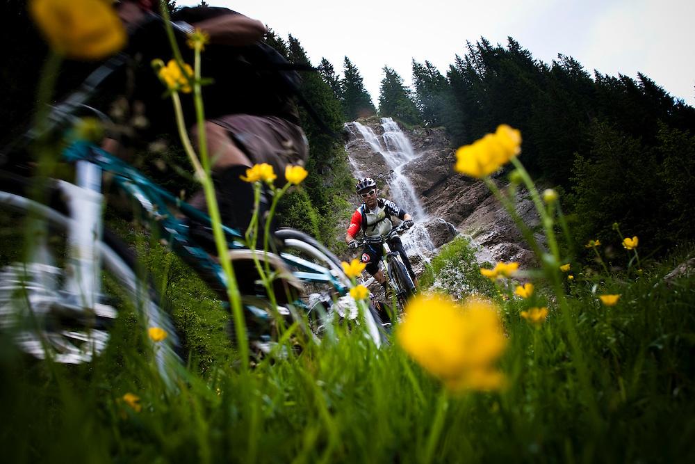 Rider: Matthieu Dietrich, Jean-Baptiste Mogasik?Location: Les Portes du Soleil (France)