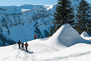 Geführte Schneeschuhwanderung im Eigenthal am Fuss des Pilatus in Kanton Luzern Schweiz