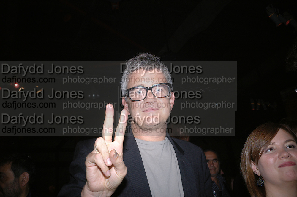 Jay Jopling, Established and Sons UK Launch during Design Week. The Bus Depot, Hertford Road. Hoxton. 22 September 2005.  ONE TIME USE ONLY - DO NOT ARCHIVE © Copyright Photograph by Dafydd Jones 66 Stockwell Park Rd. London SW9 0DA Tel 020 7733 0108 www.dafjones.com