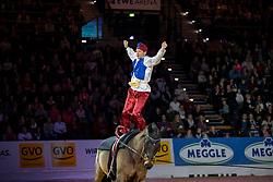 Voltigieren Brüsewitzshow<br /> Oldenburg - AGRAVIS-Cup 2018<br /> Gala-Abend<br /> 03. November 2018<br /> © www.sportfotos-lafrentz.de/Stefan Lafrentz