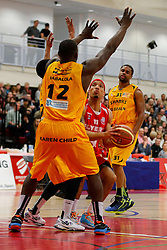 Greg Streete of Bristol Flyers is challenged by Olu Babalola of Sheffield Sharks - Photo mandatory by-line: Rogan Thomson/JMP - 07966 386802 - 07/03/2015 - SPORT - BASKETBALL - Bristol, England - SGS Wise Arena - Bristol Flyers v Sheffield Sharks - BBL Championship.