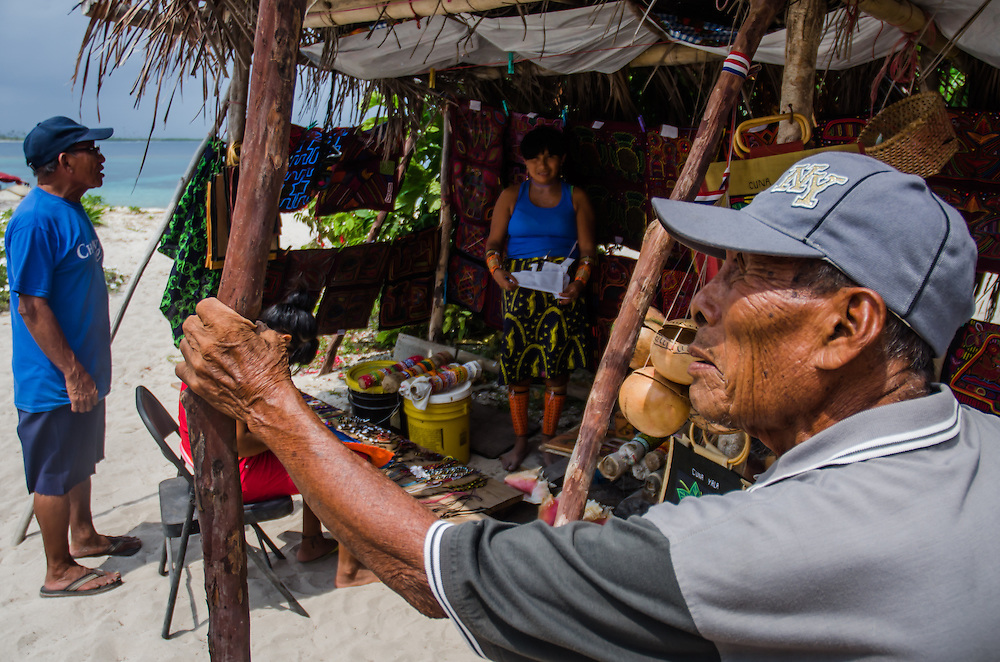 Kuna Yala, San Blas - Panama 04-2014<br /> Photography by Aaron Sosa<br /> <br /> Mr. Jimmy Hernandez Villalobos, Diablo Island<br /> <br /> Guna Yala, formerly known as San Blas, is an indigenous province in northeast Panama (Official Gazette of Panama). Guna Yala is home to the indigenous group known as the Gunas. Its capital is El Porvenir. It is bounded on the north by the Caribbean Sea, on the south by the Darién Province and Embera-Wounaan, on the east by Colombia and on the west by the province of Colón.